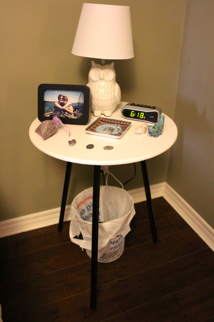 bed side table 2